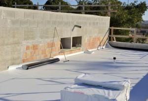 Dachabdichtung eines Flachdachs